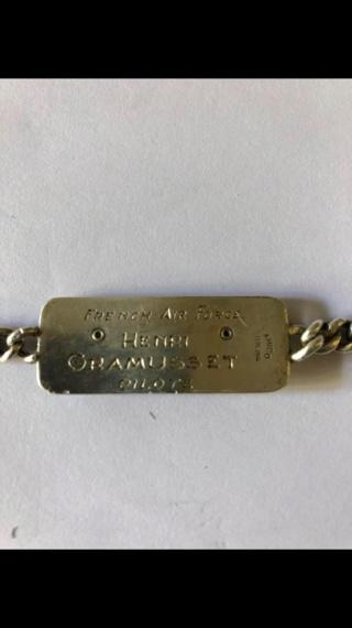 Morceau d'histoire ramassé dans le caniveau  71499311
