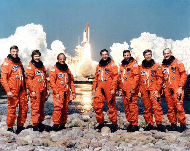 25ème anniversaire de la mission STS-42 / Roberta Bondar devient la première canadienne dans l'espace Sts-4211