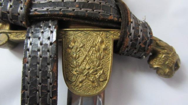 Sabre d'Officier supérieur de cavalerie à tête de lion Img_6046