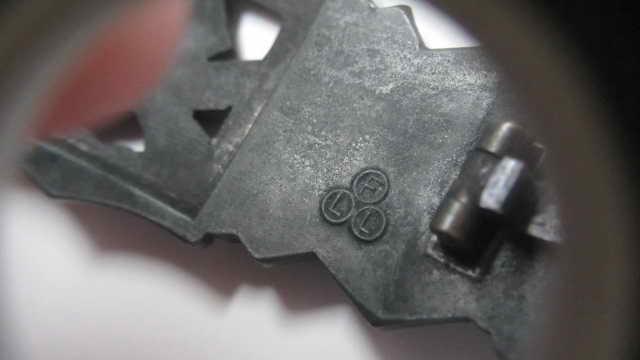 """Barrette des corps à corps bronze """"FLL"""" sans contre-plaque Img_6325"""
