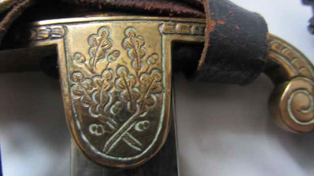 """Sabre """"feuilles de chêne"""" à lame courte. Img_6417"""