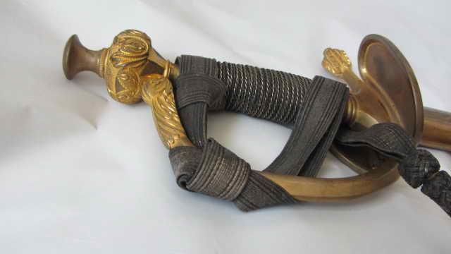Epée d'officier de garde du corps  Img_6425