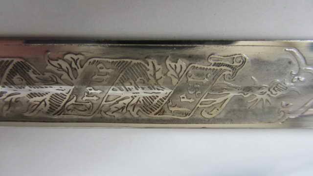 sabre d'officier d'infanterie bavarois à devise gravée Img_6455