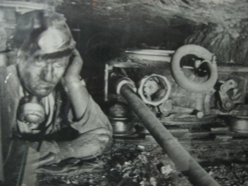 le patrimoine minier - Page 9 Img_9631