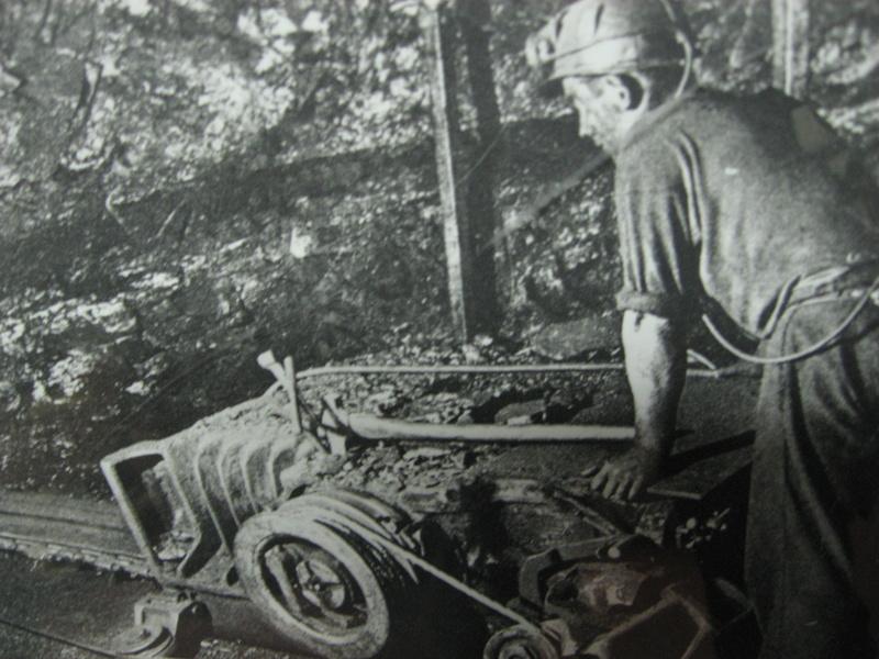 le patrimoine minier - Page 9 Img_9637