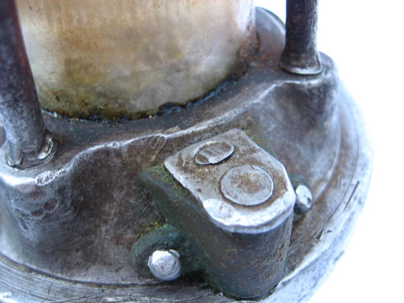 lampes de mineurs,  divers objets de mine, outils de mineur et documents  - Page 5 Img_9842