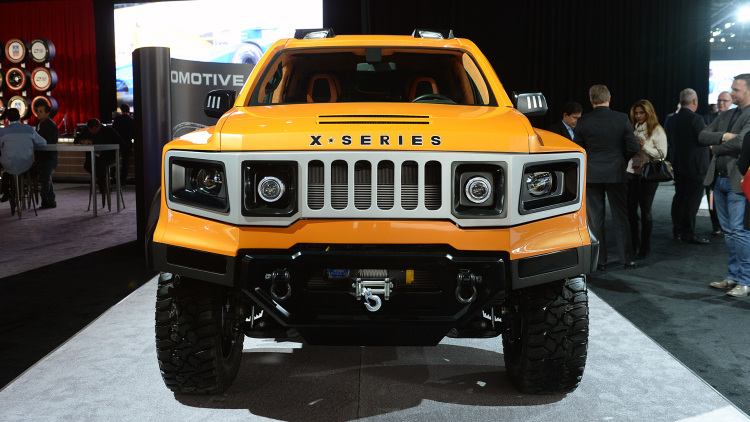 VLF Automotive X-Series remplacant du Hummer  04-vlf10