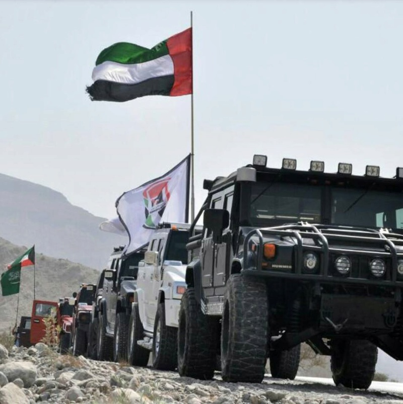 Connaissiez vous la UAE Hummer Team ? amis Hummeristes  10847410