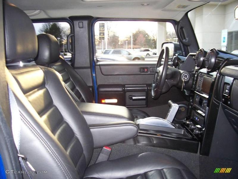 Connaissiez vous le Hummer H2 2006 Pacific Blue SUV ? vue par le Club Hummerbox cette édition très limitée 70432111