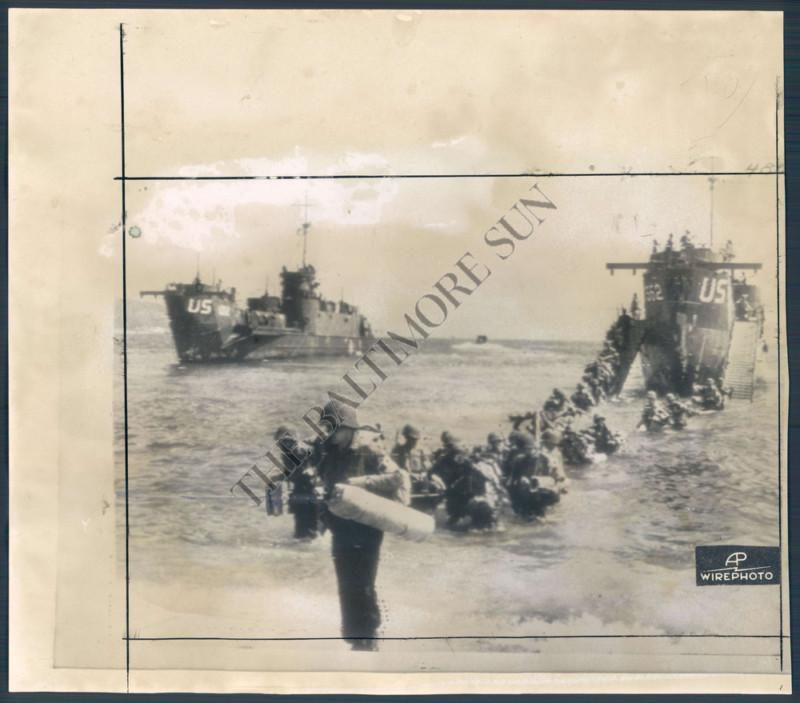 Les véhicules du 6 juin 1944 et de la Libération. Kgrhqj10