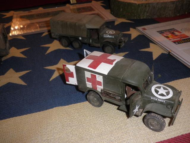 Les véhicules du 6 juin 1944 et de la Libération. P9220013