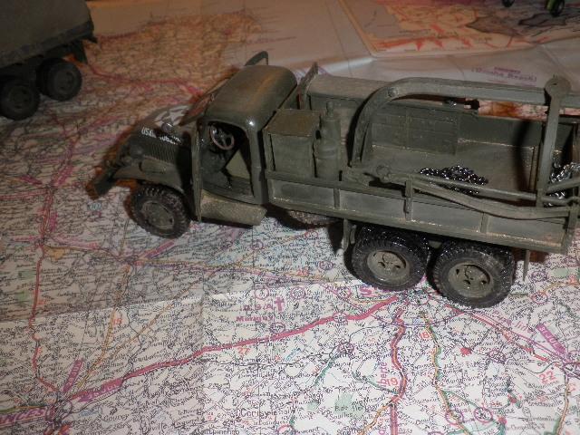 Les véhicules du 6 juin 1944 et de la Libération. P9220015