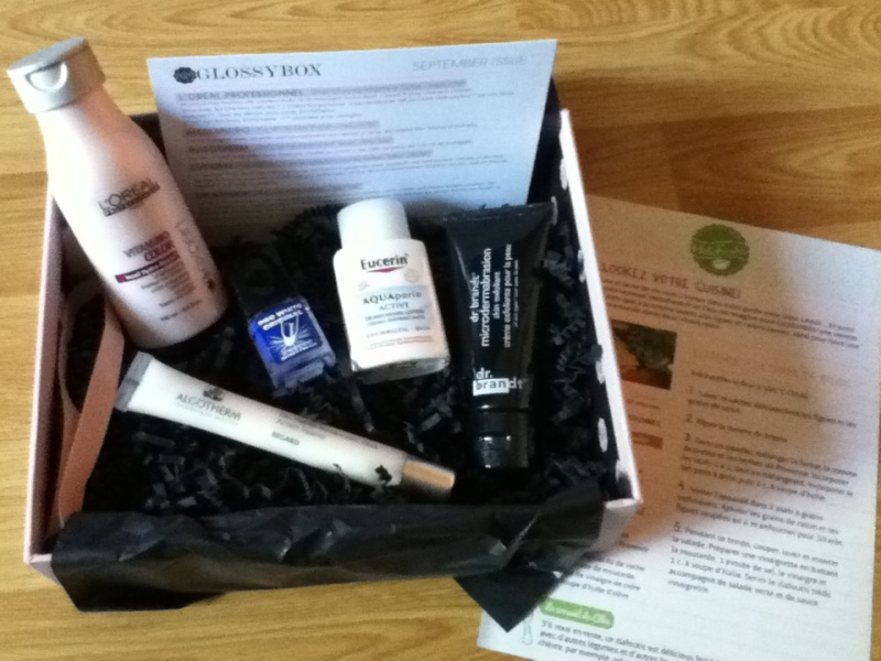 """[Septembre 2012] Glossybox """"September Issue"""" - Page 12 Img_0213"""