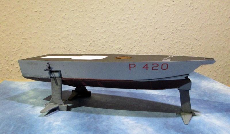 Sparviero P420, GPM, 1/100 gebaut von Helmut D. Sparvi13