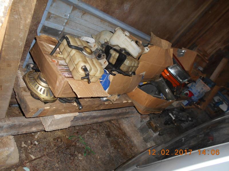 vends pieces s2 93 a 95 Dscn0517