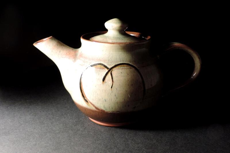 Lou Groves & Margaret Leach, Taena Pottery, Cotswolds Dscn6610