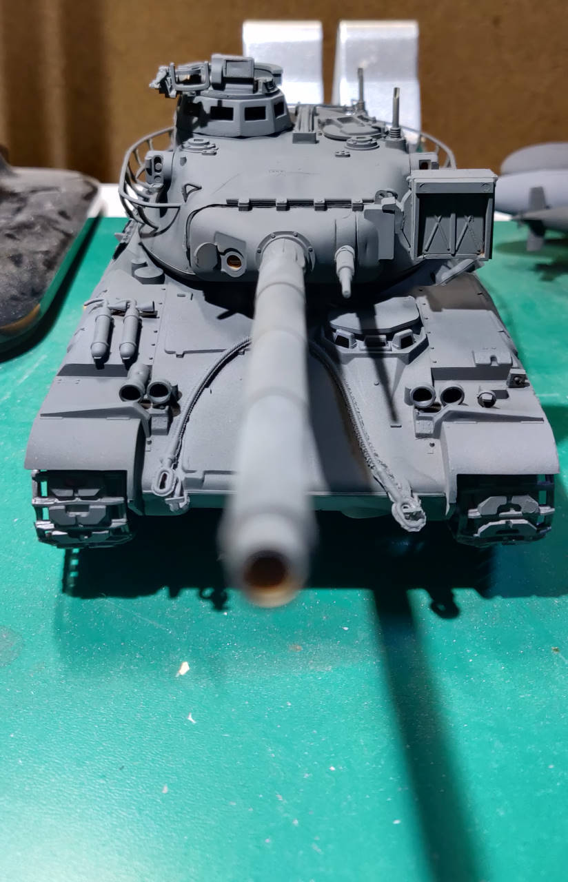 [Montage] AMX-30/105 Heller 1/35 Amx30_11