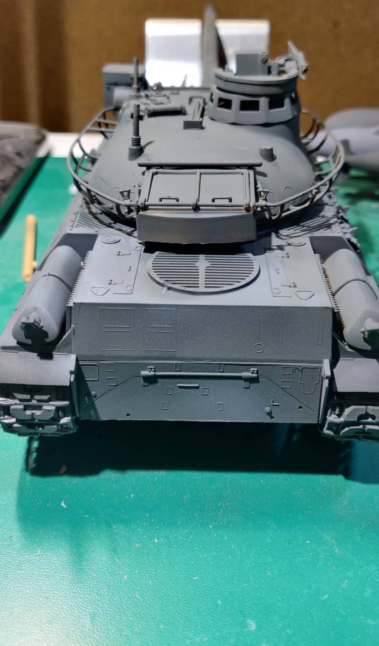 [Montage] AMX-30/105 Heller 1/35 Amx30_13