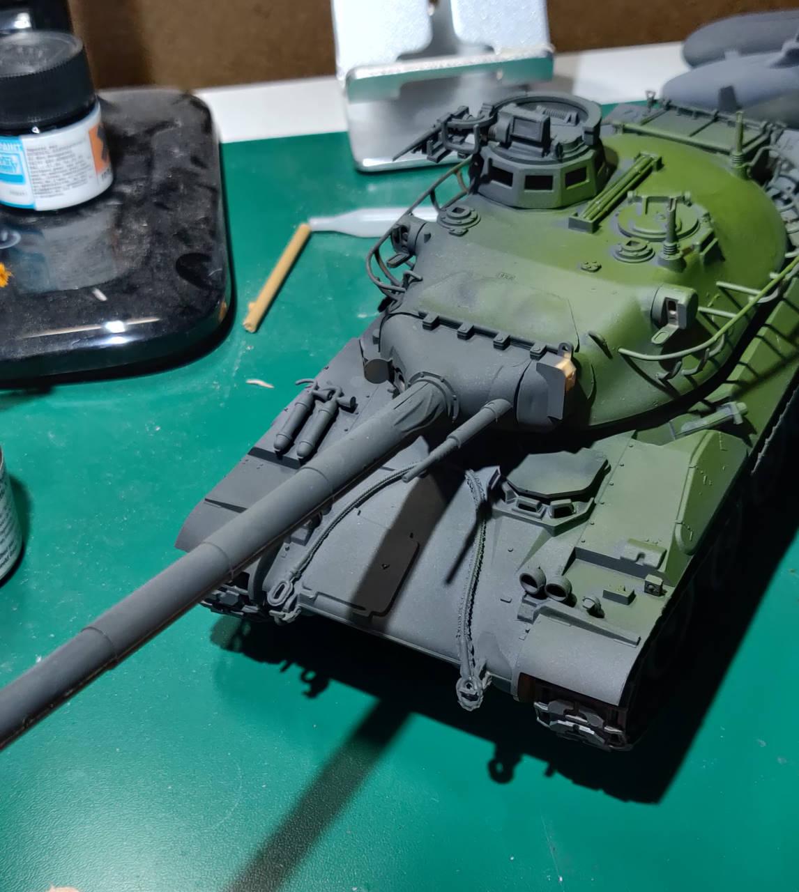 [Montage] AMX-30/105 Heller 1/35 Amx30_17