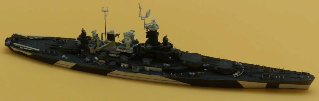 USS North Carolina BB55 sans PE, sans rien, pur from the box :) Bb55_110