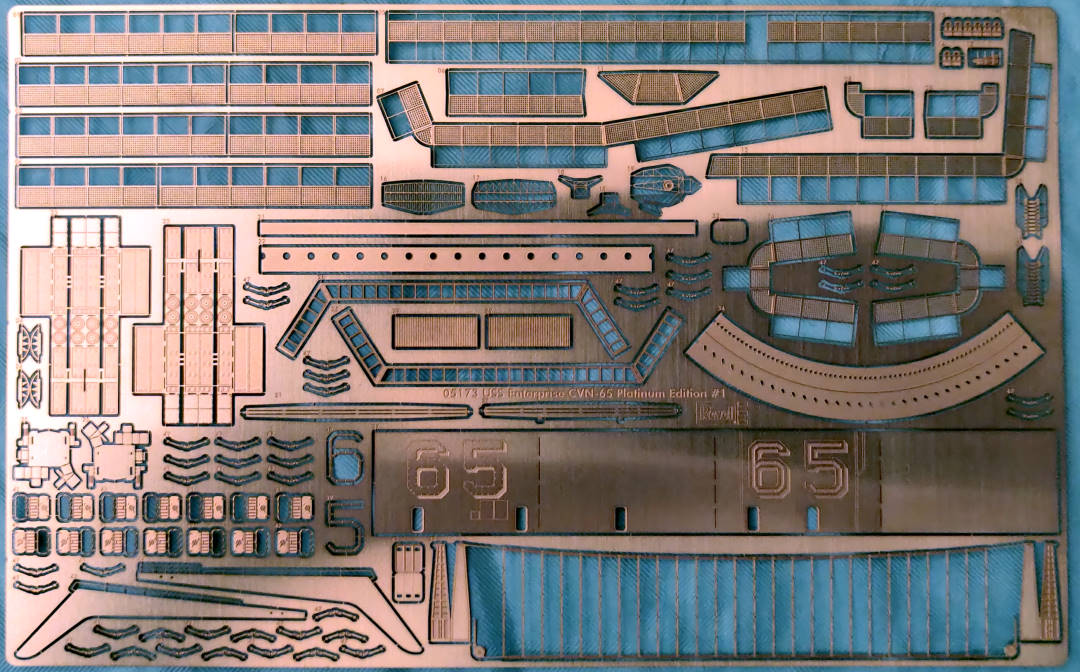 USS Enterprise (CVN-65) 1/400 PLATINUM Edition Cvan-684
