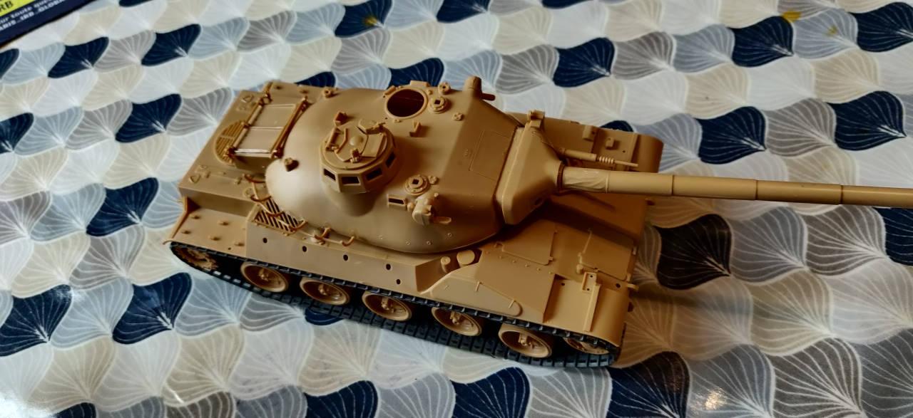 [Montage] AMX-30/105 Heller 1/35 Img_2105
