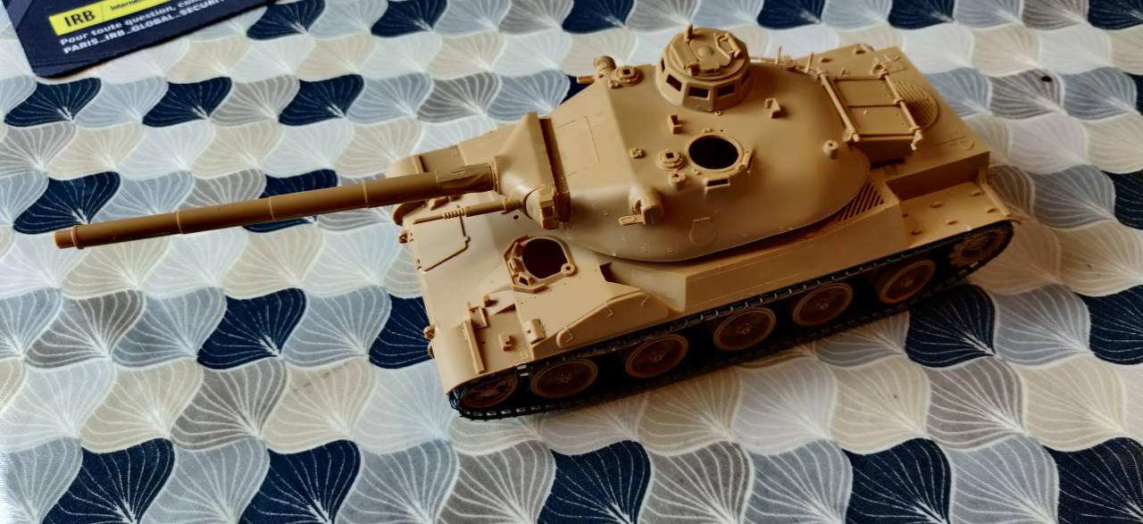 [Montage] AMX-30/105 Heller 1/35 Img_2106