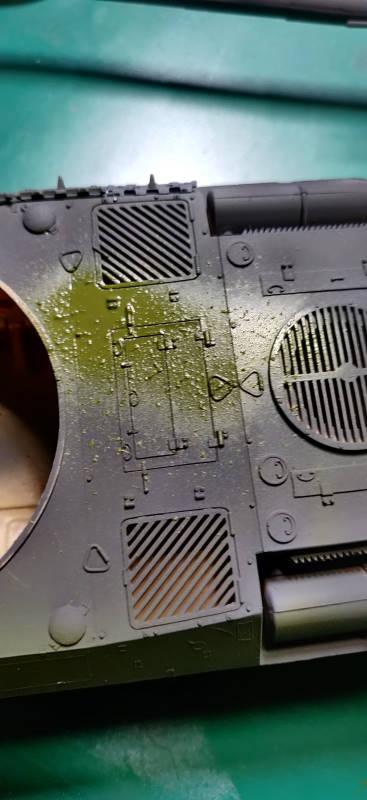 [Montage] AMX-30/105 Heller 1/35 Img_2112