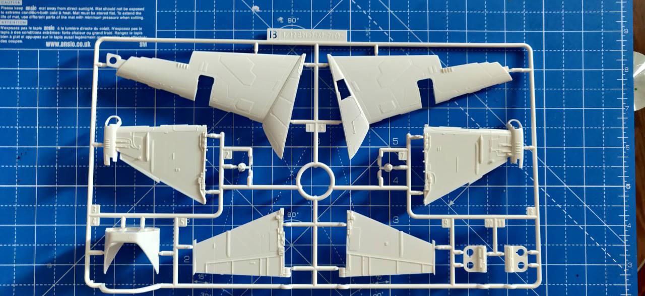 B-Wing Starfighter | 1:72 Img_2130