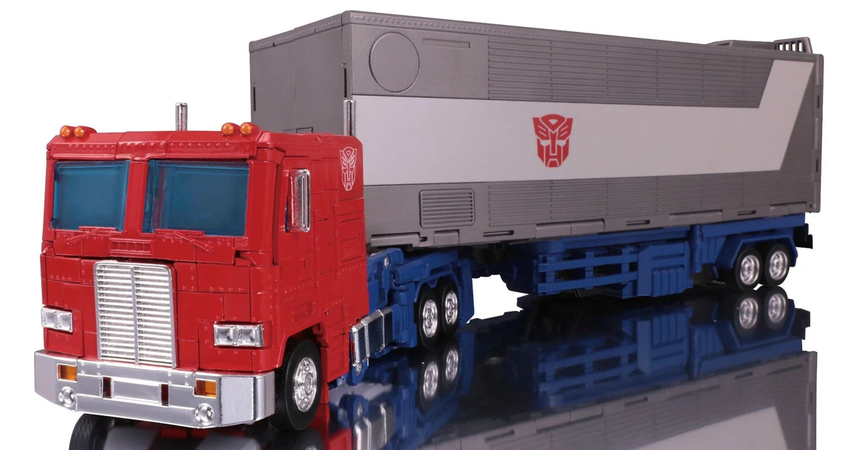 [AMT] 1/25 - White Freightliner SD Transf10