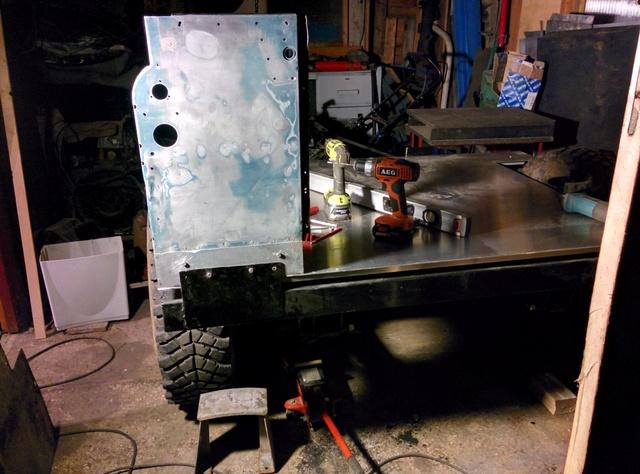 Fabrication d'une remorque Img_2057
