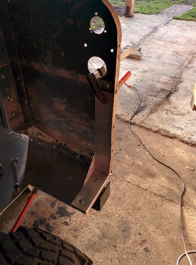 Fabrication d'une remorque Img_2066