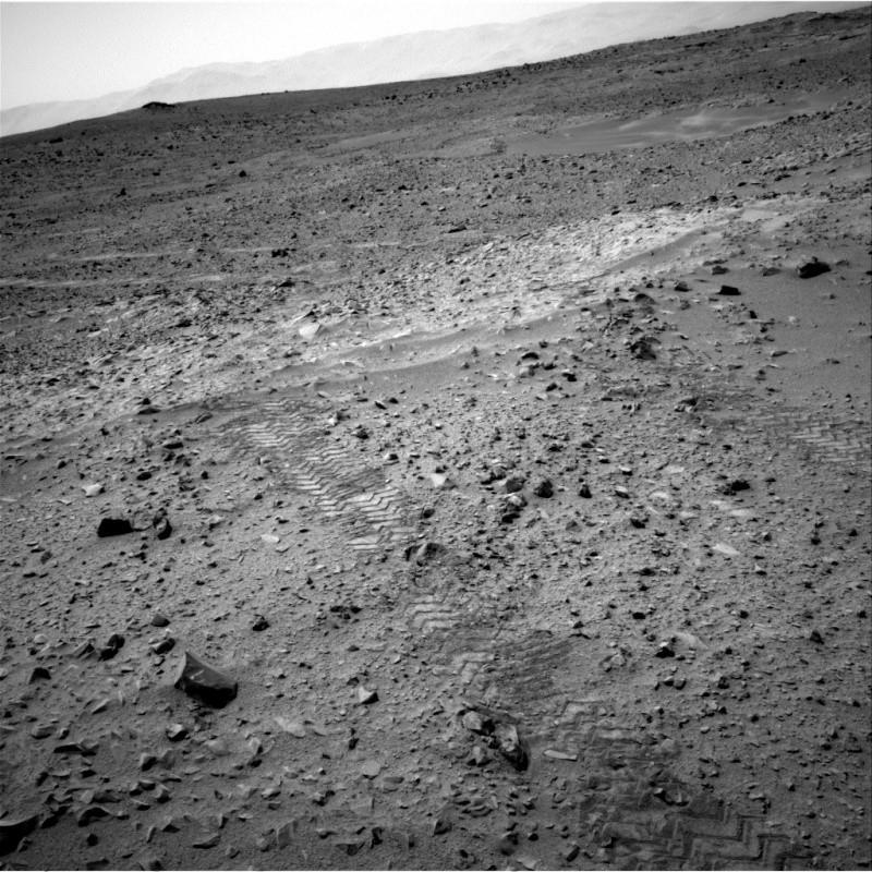 [Curiosity/MSL] L'exploration du Cratère Gale (2/3) - Page 6 Nrb_4210