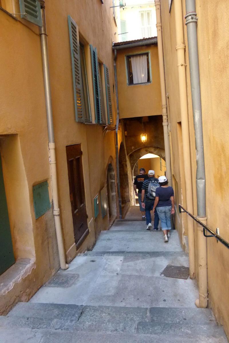 Trouver une escale à partir d'une photo SAISON 2 - Page 3 P1030710