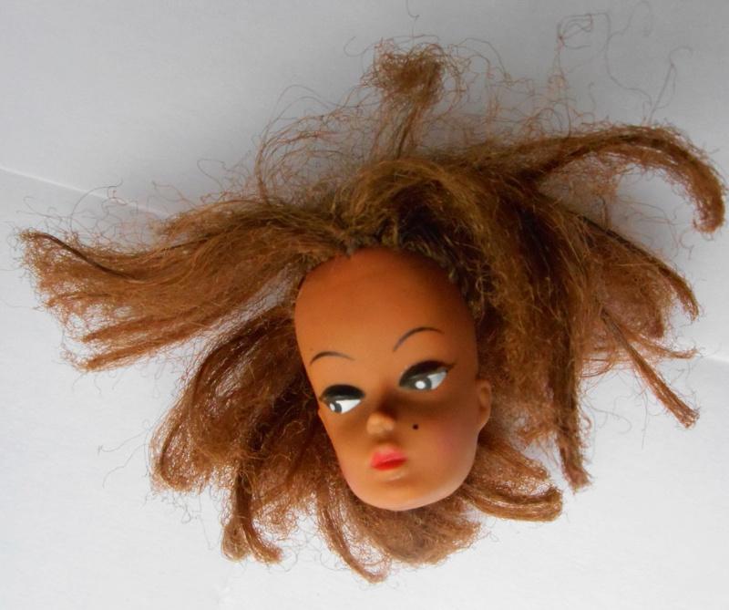 Recherche d'identité des Barbie  - Page 11 2016-114