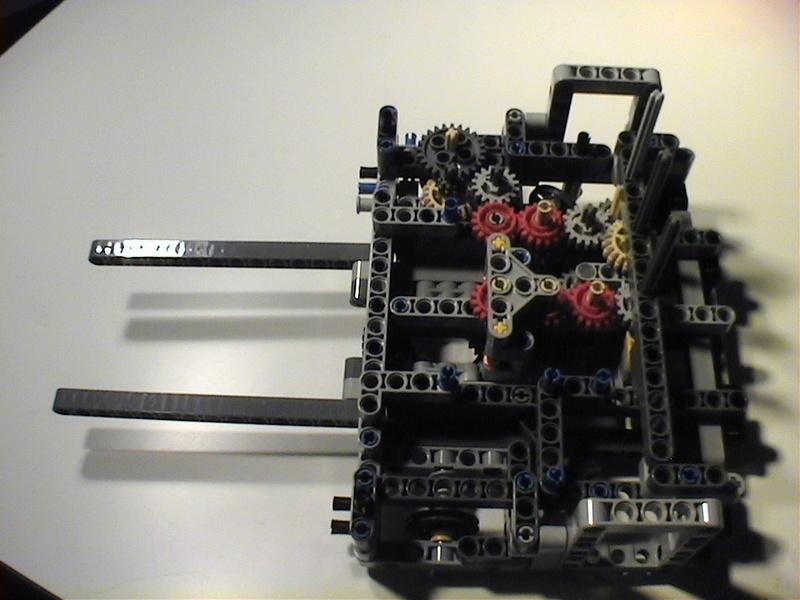 Der Schaufelradbagger von LEGO-Technik gebaut von Alo  Dvc04423