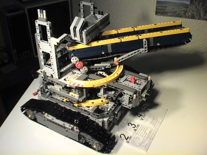 Der Schaufelradbagger von LEGO-Technik gebaut von Alo  Dvc04520