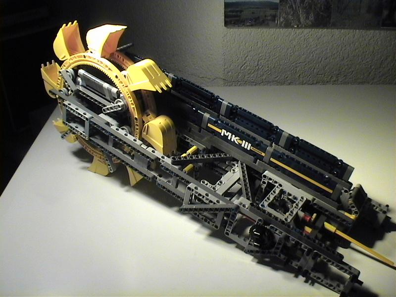 Der Schaufelradbagger von LEGO-Technik gebaut von Alo  Dvc04526