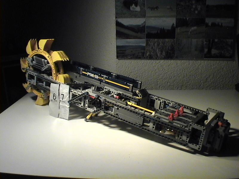 Der Schaufelradbagger von LEGO-Technik gebaut von Alo  Dvc04530