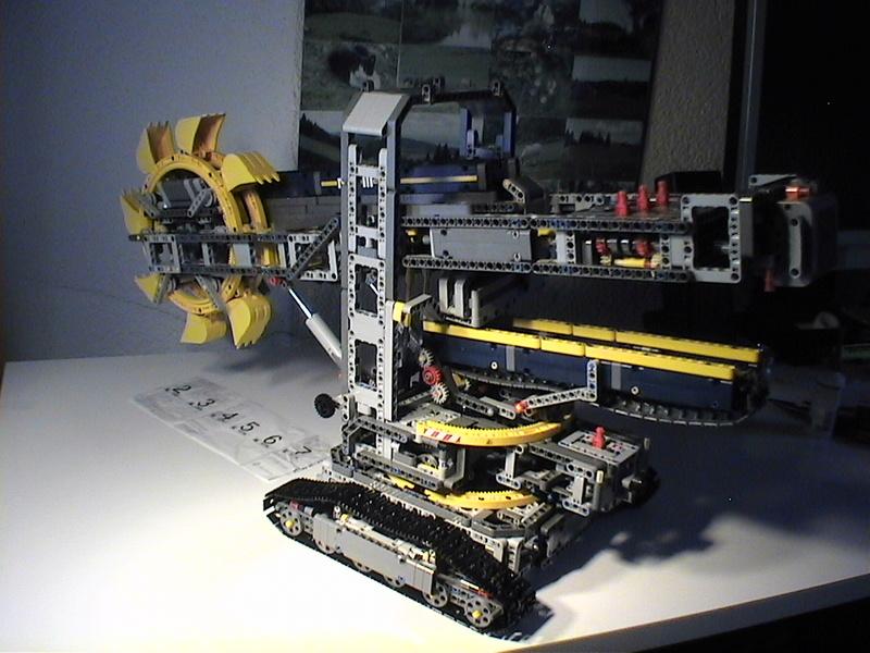Der Schaufelradbagger von LEGO-Technik gebaut von Alo  Dvc04531