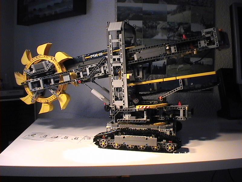 Der Schaufelradbagger von LEGO-Technik gebaut von Alo  Dvc04534