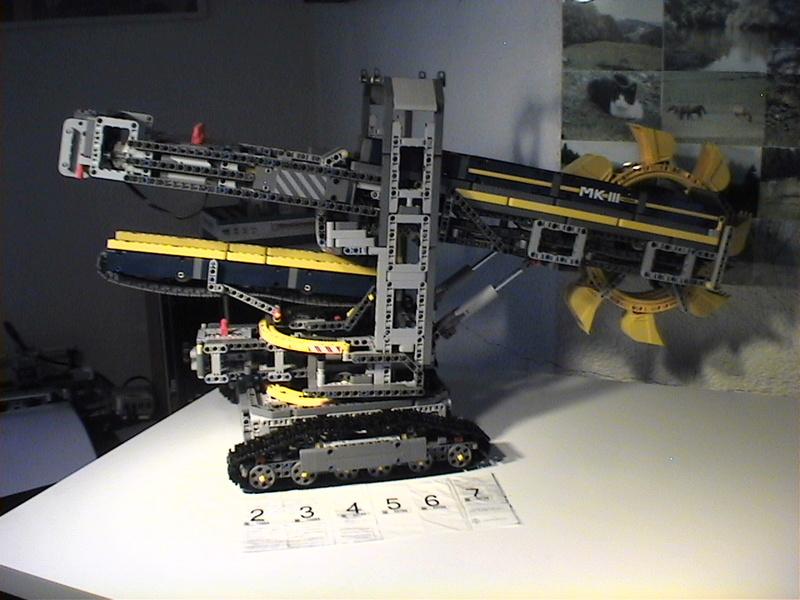 Der Schaufelradbagger von LEGO-Technik gebaut von Alo  Dvc04536