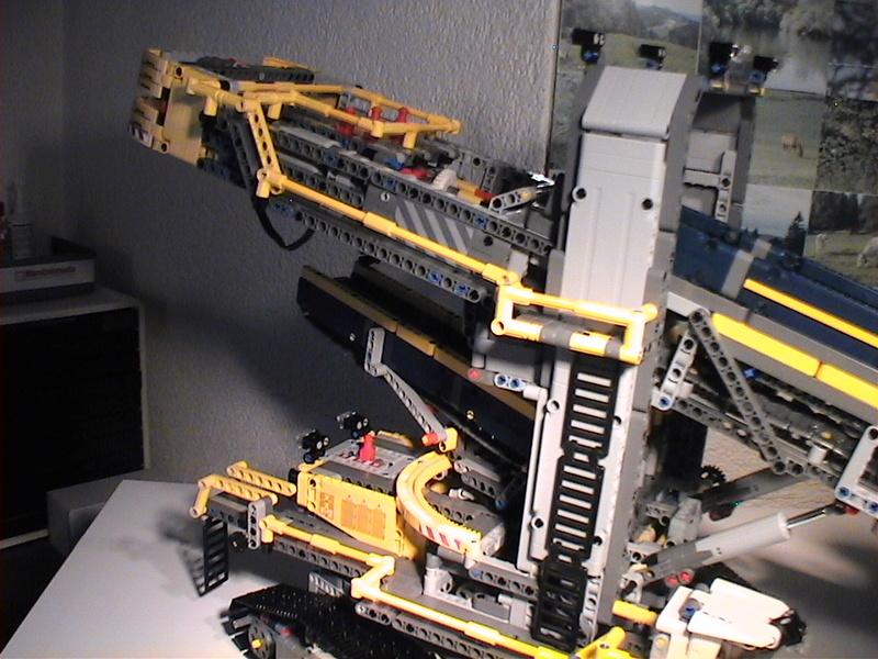 Der Schaufelradbagger von LEGO-Technik gebaut von Alo  Dvc04546