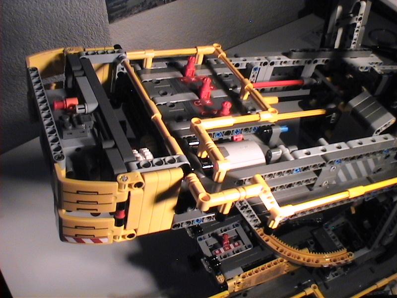Der Schaufelradbagger von LEGO-Technik gebaut von Alo  Dvc04547