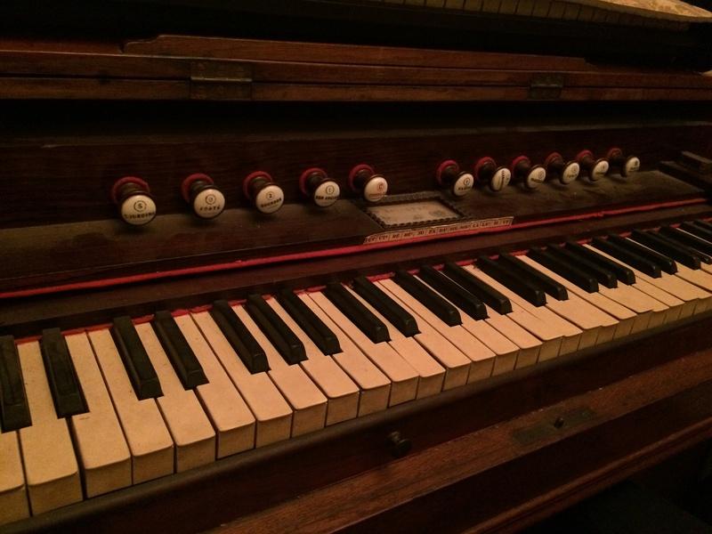 Harmonium Baudet à céder à Paris Img_8010