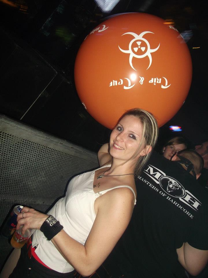 Lancer de ballons Trip & Teuf pendant les events - Page 3 54812810