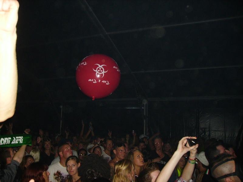Lancer de ballons Trip & Teuf pendant les events - Page 3 Imgp0011