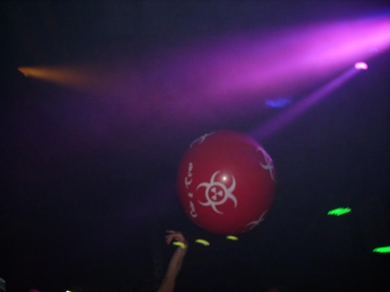 Lancer de ballons Trip & Teuf pendant les events - Page 3 Imgp0012