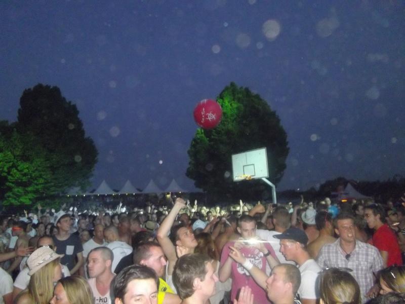 Lancer de ballons Trip & Teuf pendant les events - Page 3 Imgp2011
