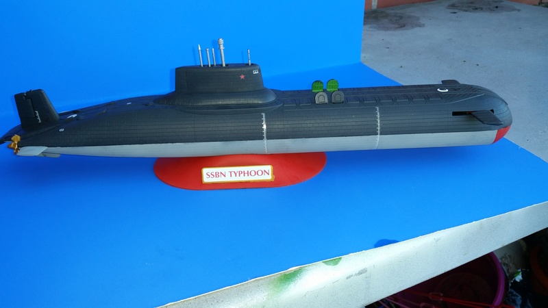 Soviet Submarine Typhoon Class von Revell in 1:400 55711